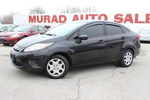 2013 Ford Fiesta BLACK BEAUTY !!