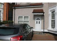 2 bedroom house in Belmont Road, ilford