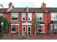 6 bedroom house in Hermitage Road, London, N4 (6 bed)