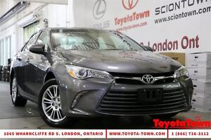 2015 Toyota Camry LE POWER SEAT ALLOY WHEELS London Ontario image 1