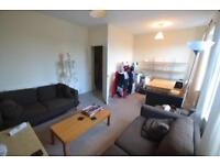 3 bedroom flat in Fanny Street, Cathays, Cardiff