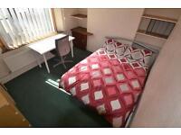 5 bedroom house in Lawn Terrace, TREFOREST, PONTYPRIDD