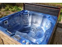 Hydropool hot tub. 6-seater, Model 638 Platinum