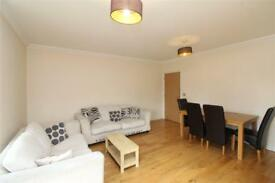 2 bedroom flat in Hartnell Court, Gruneisen Road, Finchley, N3