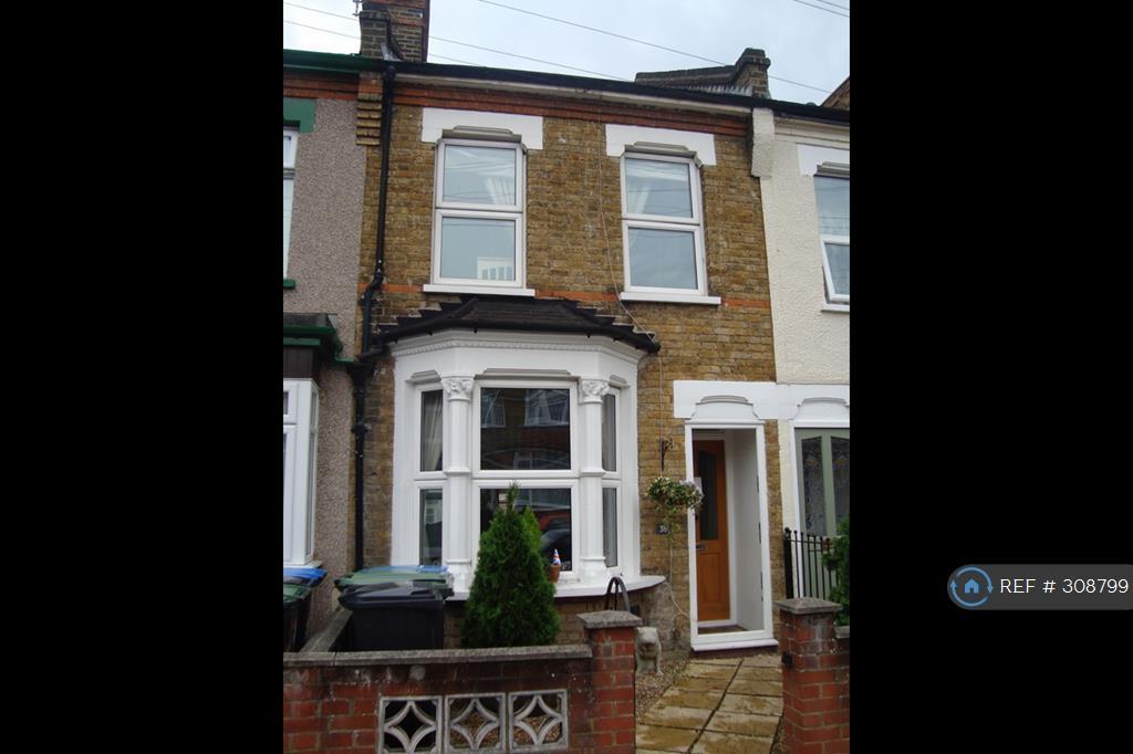 3 bedroom house in Elmhurst Road, Enfield, EN3 (3 bed)