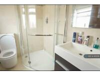 1 bedroom flat in Rose Glen, London, NW9 (1 bed)