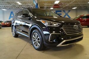2017 Hyundai Santa Fe XL Premium, AWD, Heated Seats, Bluetooth,