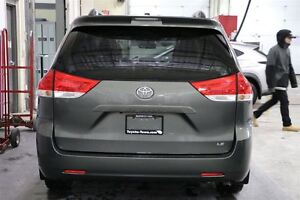 2013 Toyota Sienna LE 8 PASSENGER DUAL POWER SLIDING DOORS London Ontario image 4