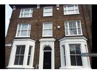 2 bedroom flat in A Luxor Street, London, SE5 (2 bed) (#1205604)