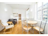 2 bedroom flat in Lighthouse Apartments, 339 Commercial Road, Aldgate East