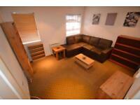 1 bedroom flat in Dean Court, Church Road, Newport,