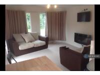 2 bedroom house in Old Stafford Road, Wolverhampton, WV10 (2 bed)