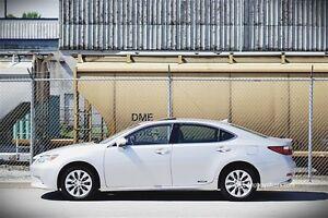 2013 Lexus ES 300h -