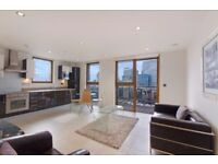 STUNNING VIEWS IN THIS 2B FLAT WITH BALCONY, FURNISHED IN STREAMLIGHT TOWER, CANARY WHARF, LONDON
