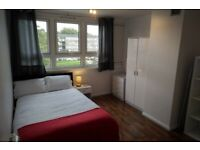 Four bed flat great for sharers available now close to Kingston