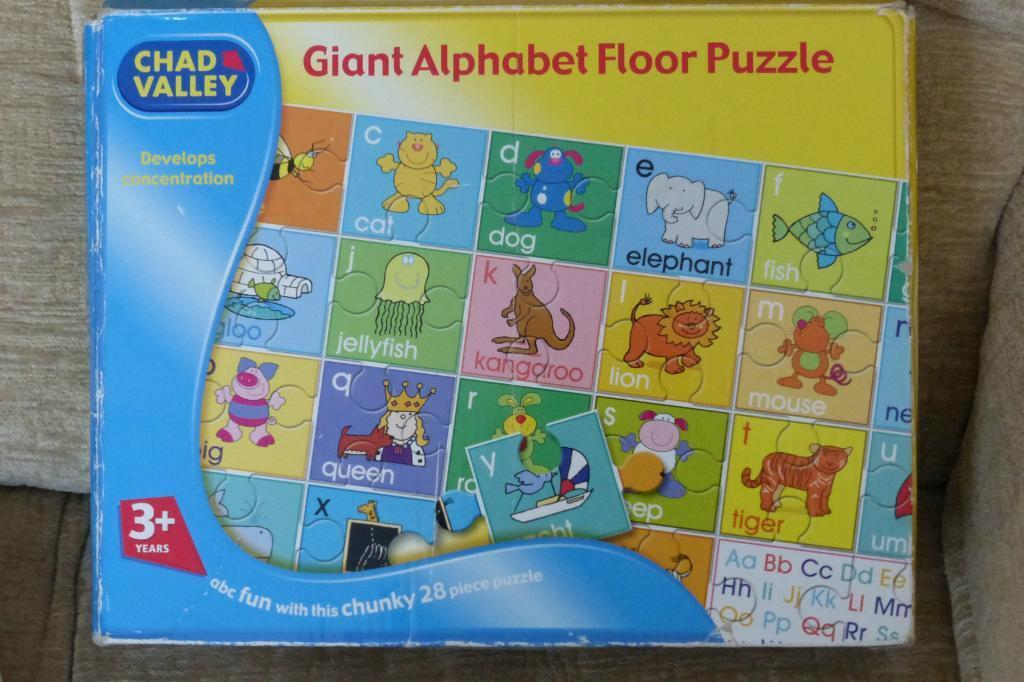 Chad Valley Giant Alphabet Floor Puzzle 28 Chunky Pieces Age 3