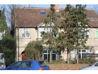 5 bedroom house in Nelson Road, Whitton, TW2 (5 bed)