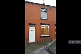 2 bedroom house in Forest Street, Oldham, OL8 (2 bed)