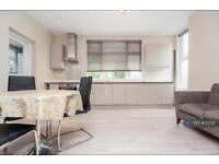 1 bedroom flat in Cricklewood, London, NW2 (1 bed)