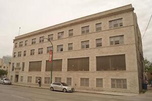 464 St. Mary's Ave - Mall Plaza Apartments - Bach