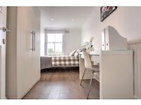 Double room available NOW for Short Let in the heart of Clapham! Book a viewing NOW!