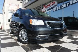 2016 Chrysler Town & Country Touring-L   Blueray   Sunroof   Hea