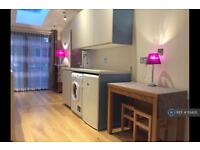 1 bedroom flat in Nield Rd, Middlesex , UB3 (1 bed)