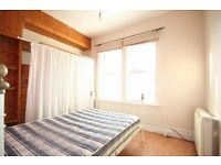 1 bed first floot flat immediately available in Beeston