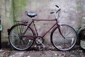 RALEIGH COURIER. 21 inch, 53 cm, small size. Vintage gents dutch style traditional road bike