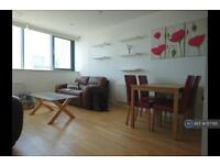 2 bedroom flat in East India Dock Road, London, E14 (2 bed)