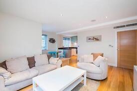 2 bedroom flat in 403 Upper Richmond Road, London