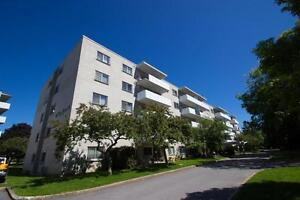 Bowling Green 2- 237 Bath Road-Kingston Centre-2bdrm