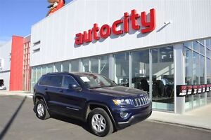 2015 Jeep Grand Cherokee Laredo   Leather   UConnect  