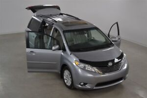 2013 Toyota Sienna XLE 4WD Cuir*Toit Ouvrant*Camera Recul 7 Pass