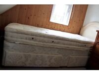 Single bed with mattress & head board : 2 under bed storage draws