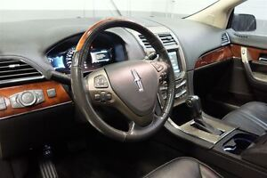 2011 Lincoln MKX LIMITED AWD MAGS TOIT PANO CUIR NAVI West Island Greater Montréal image 17