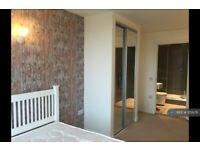 2 bedroom flat in Navigation Building, Hayes, UB3 (2 bed) (#215679)