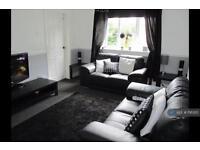 3 bedroom flat in Hillington, Glasgow, G52 (3 bed)