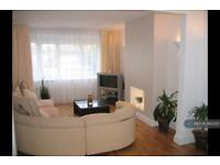 3 bedroom house in Burnham Avenue, London, UB10 (3 bed)