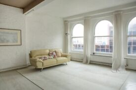 1,100 SQ FT PRIVATE WAREHOUSE STYLE OFFICE FLOORS TO RENT OPPOSITE FARRINGDON STATION, LONDON EC1