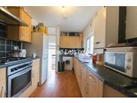 6 bedroom flat in Goldspink Lane, Sandyford, Newcastle Upon Tyne, NE2