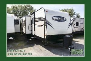 2018 FOREST RIVER Avenger 32FBI Front Bunk Travel Trailer