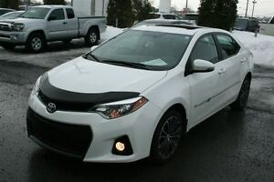 2015 Toyota Corolla S **MAGS/CUIR/TOIT** SEULEMENT 32 075KM*