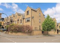 4-BED HOUSE TO LET
