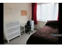 1 bedroom in Honeywood Close, Canterbury, CT1