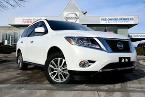2014 Nissan Pathfinder SV *Heated seats,Rear camera,Power lift-g
