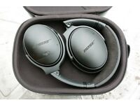Untouched/Unopened BOSE QuietComfort QC35 II Wireless Bluetooth Noise-Cancelling Headphones - Black