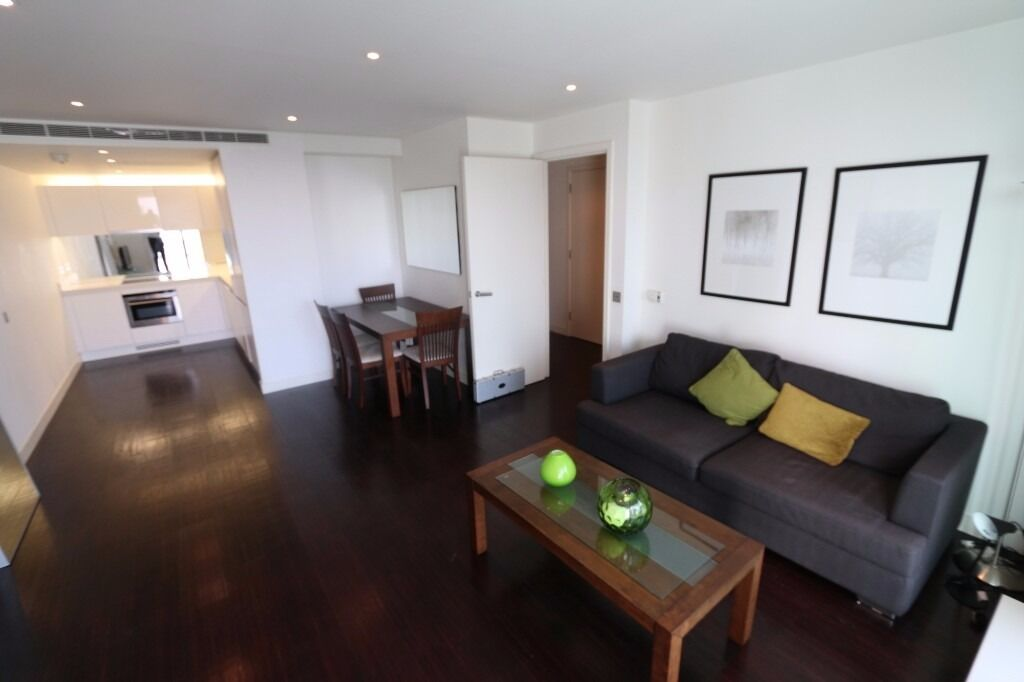 Stunning 25th floor ONE bedroom flat in PAN PENINSULA WEST TOWER, gym, porter, POOL, NO ADMIN FEES