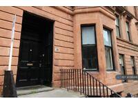 10 bedroom flat in Kersland Street, Glasgow, G12 (10 bed) (#1083186)