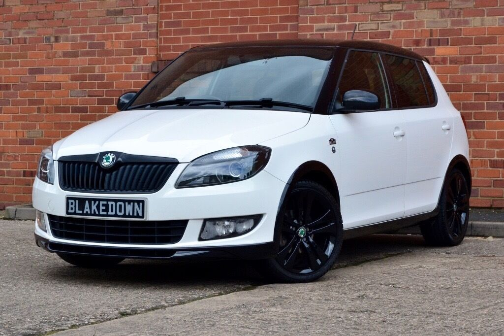 finance from 24 week 2011 61 39 skoda fabia monte carlo 1 2 tsi white fsh low mileage. Black Bedroom Furniture Sets. Home Design Ideas
